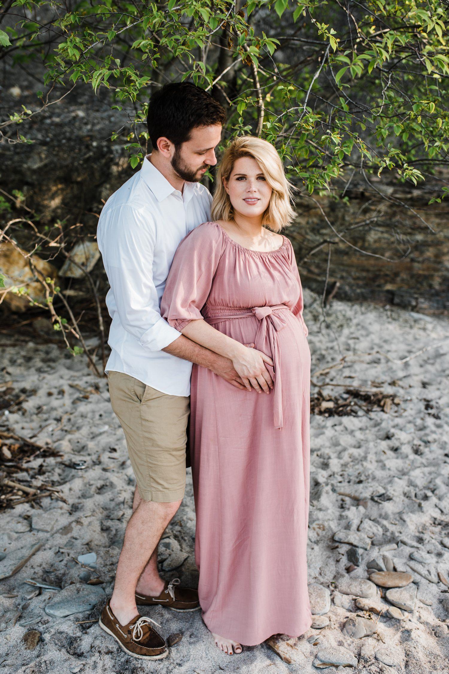 Easterday Creative | Adventurous wedding photographer and storyteller | Serving North Carolina, South Carolina and beyond | Beach maternity session